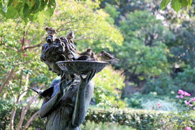 Francis Hodgson Burnett statue in the Central Park Conservatory Garden