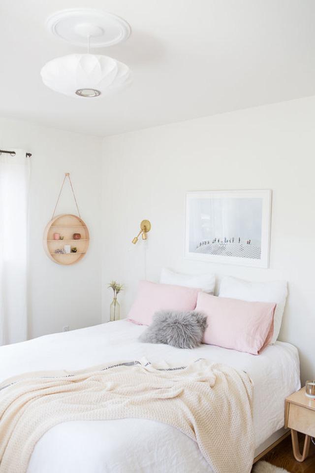 bri-bedroom02