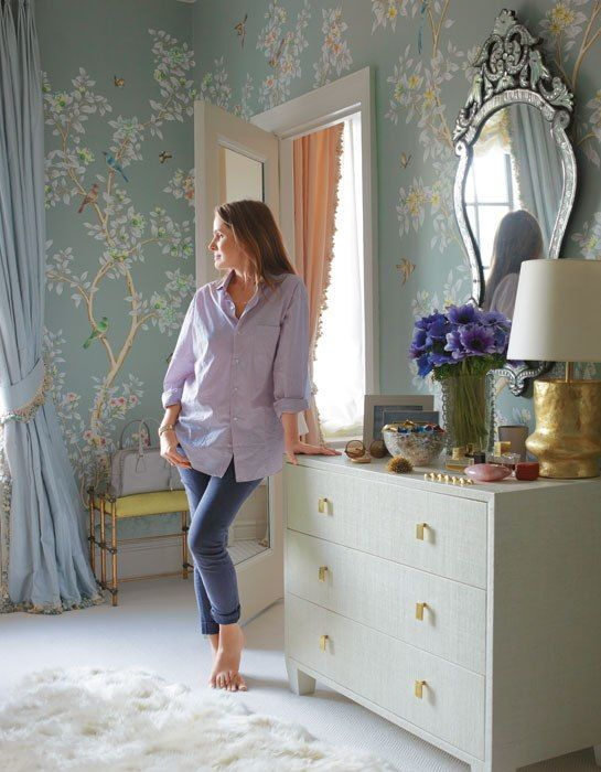 deGournay hummingbirds wallpaper featured by top US interior design blog, York Avenue