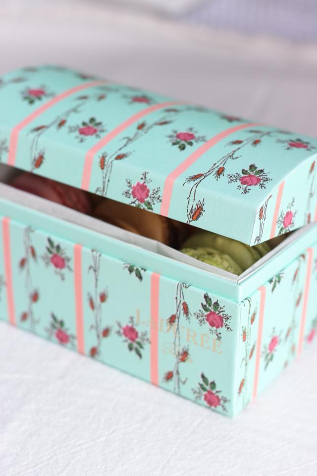 laduree floral box-7698