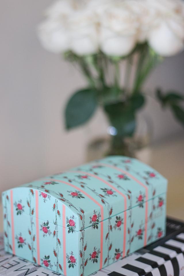 laduree floral box-7786