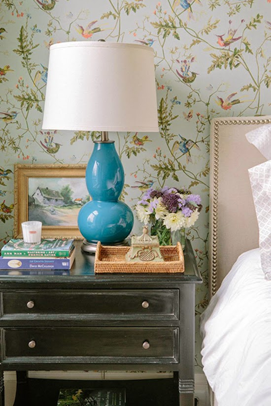 Like This Room Designed By Kathryn Ivey Interiors Pretty Sure It S The Hummingbirds Paper But Honestly Hard To Tell Difference