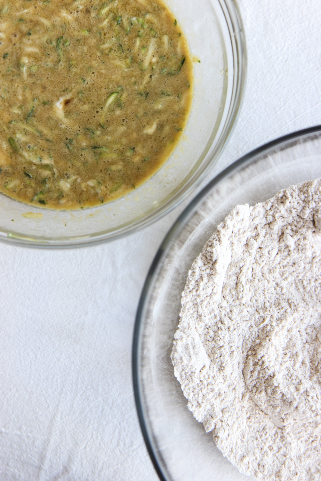 olive oil zucchini bread-8888