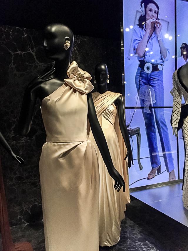 Jacqueline de Ribes Costume Exhibit -0335