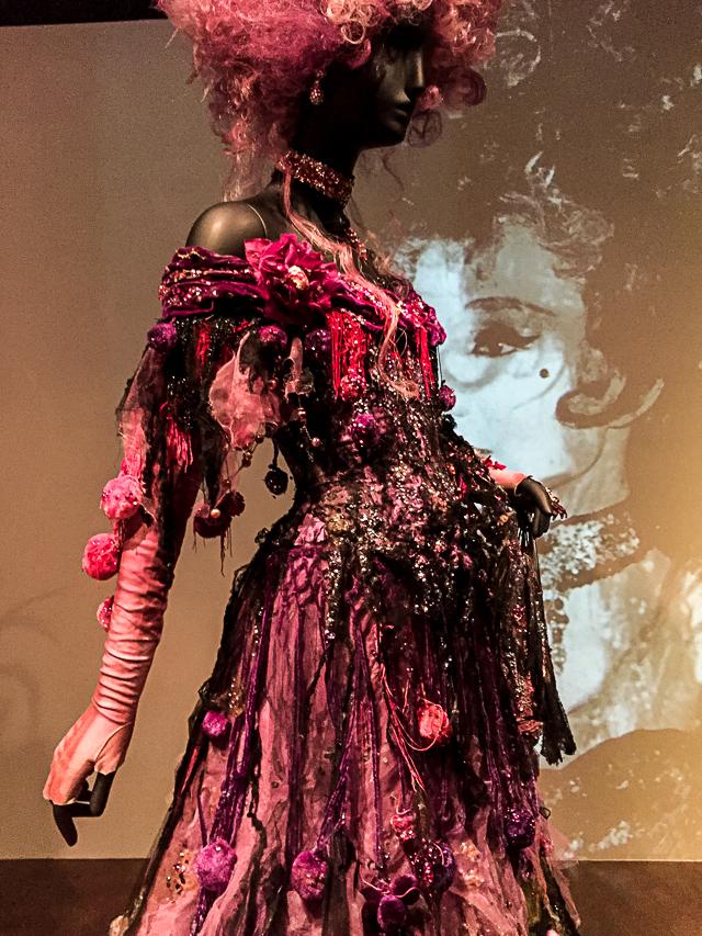 Jacqueline de Ribes Costume Exhibit -0345