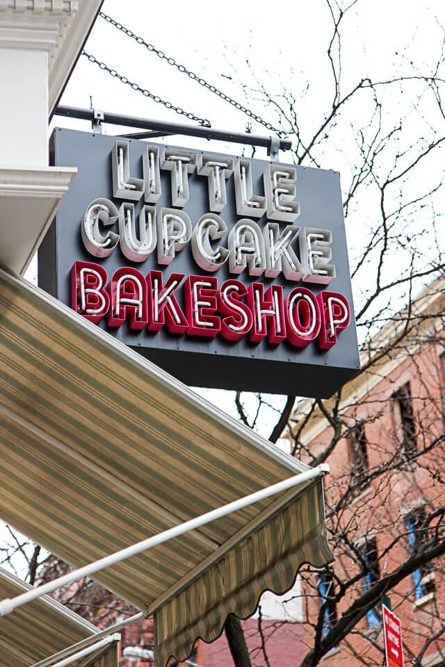 little cupcake bakeshop-0794