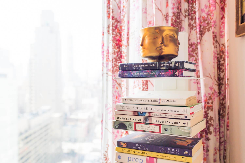 Vertical bookshelf studio apartment