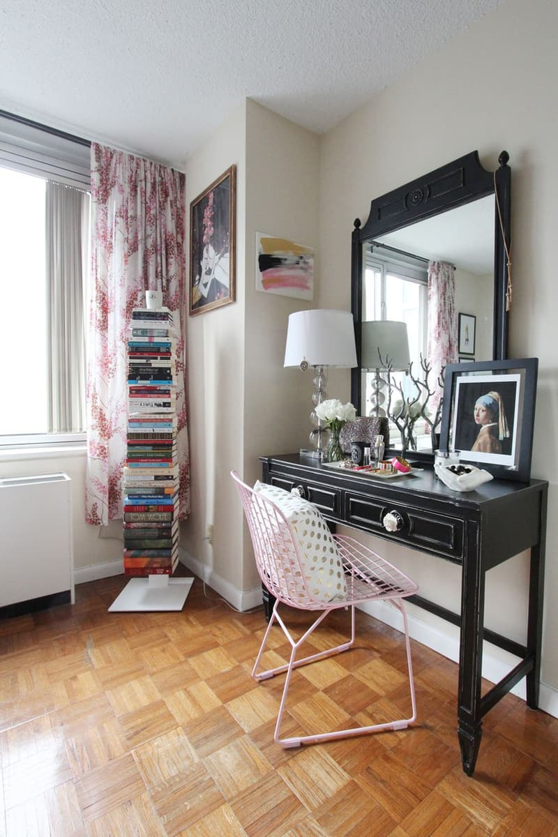 Small Space Decorating Ideas // Vertical Bookshelf