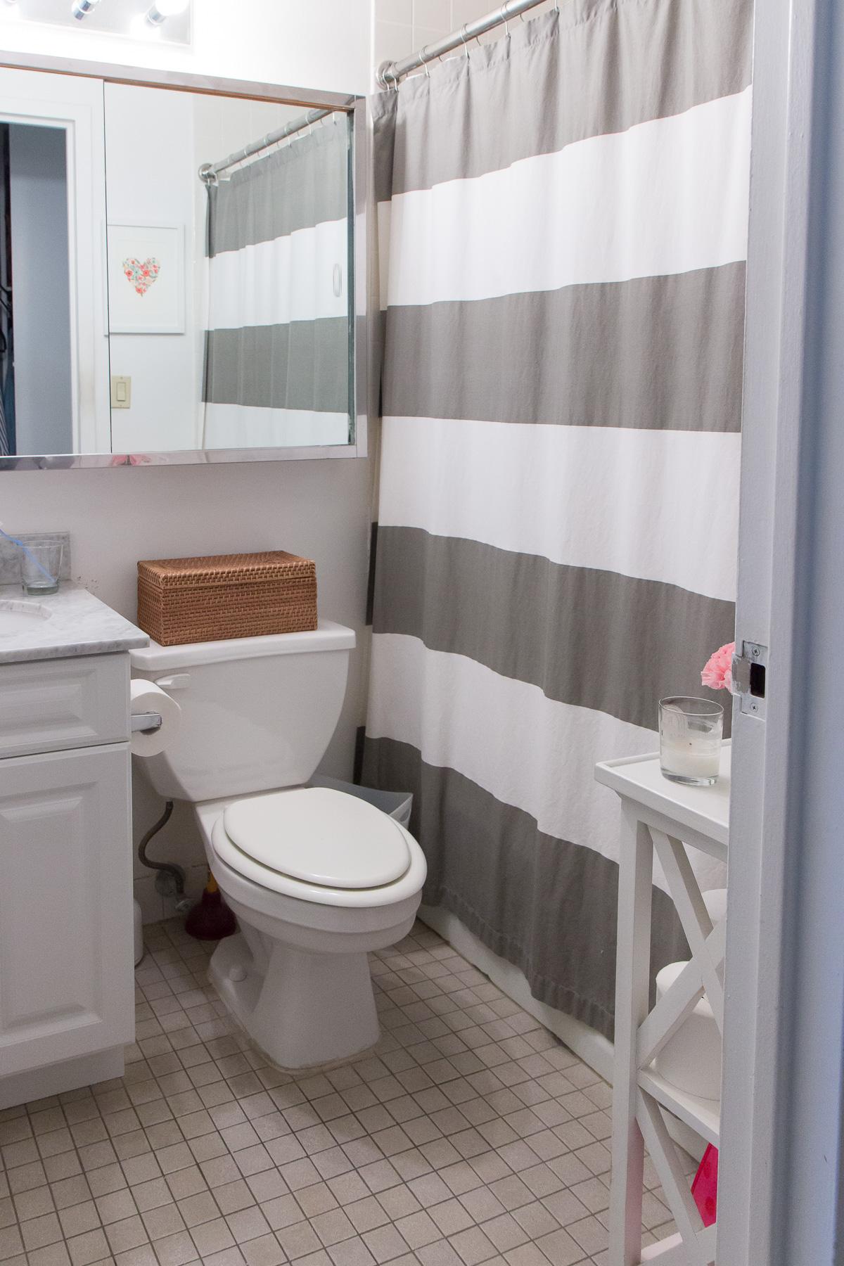 Eileen Fisher Garnet Hill Bathroom Styling 5042