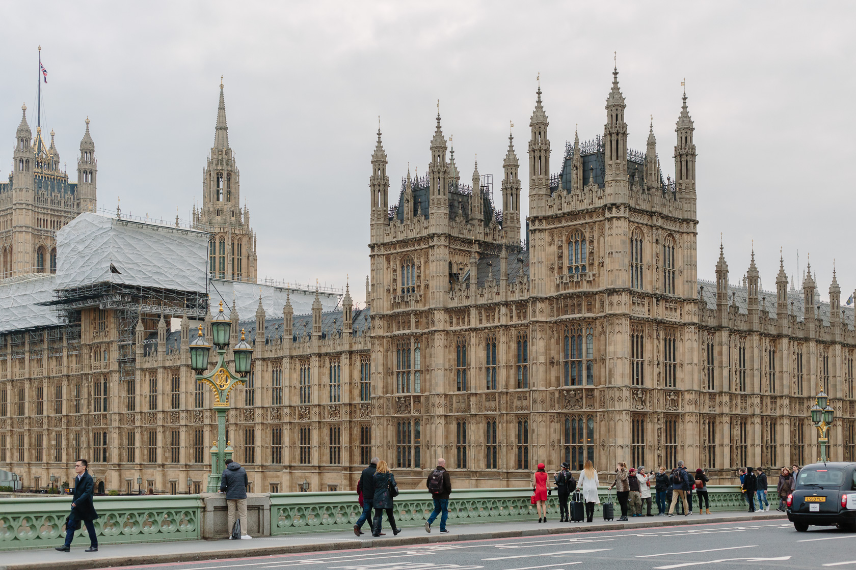houses-of-parliament-london-4410