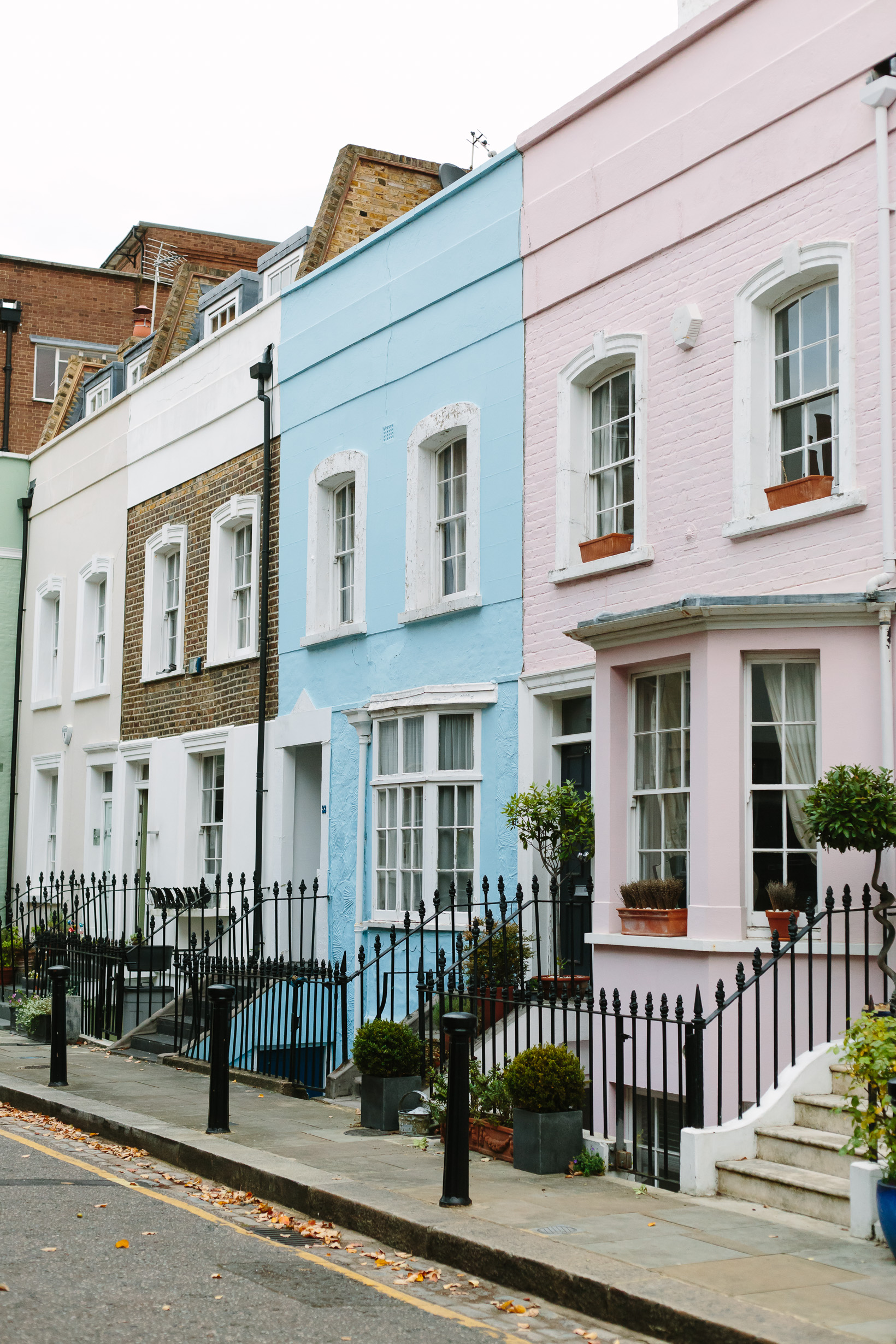 colorful-houses-in-london-3903