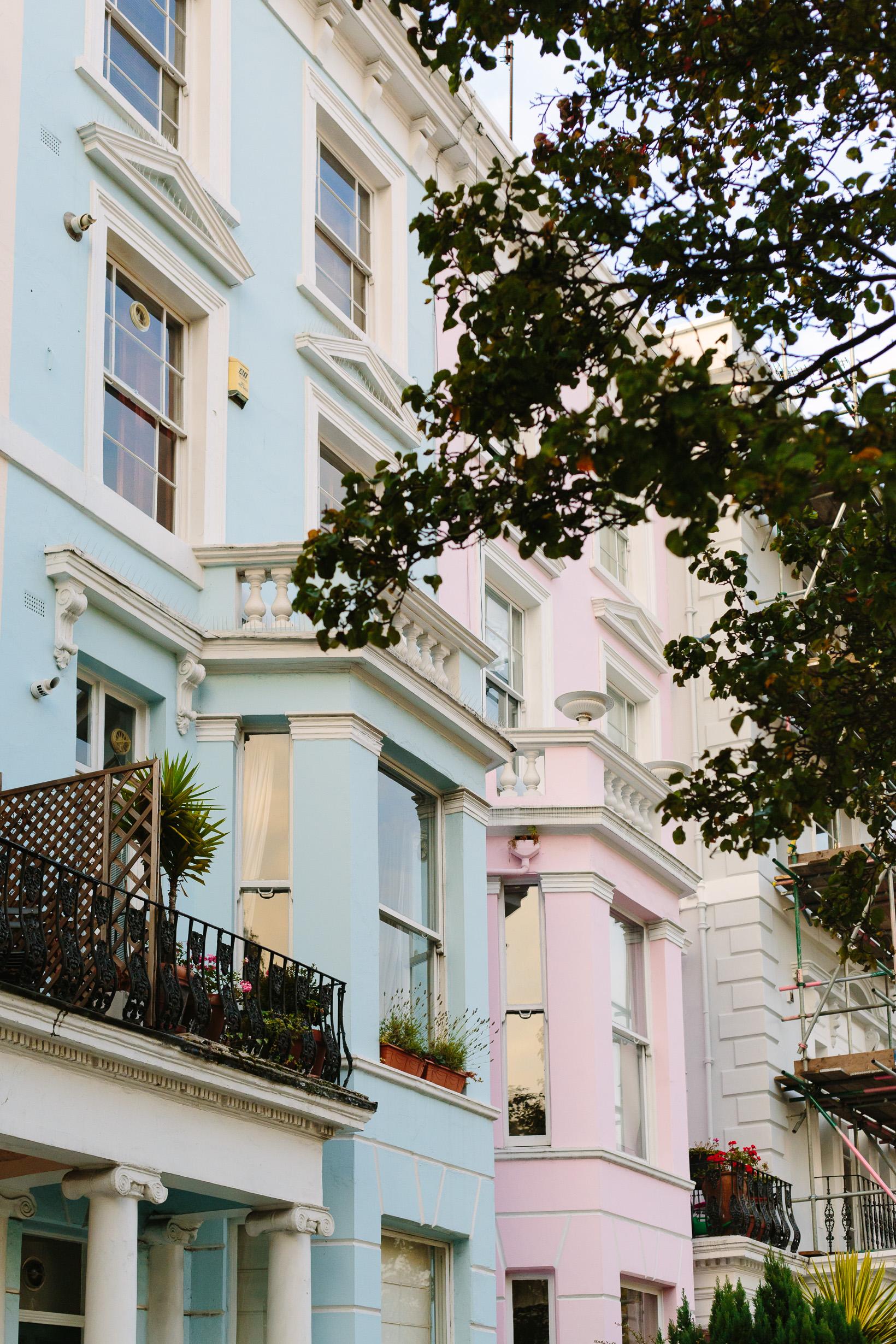 colorful-houses-in-notting-hill-4717
