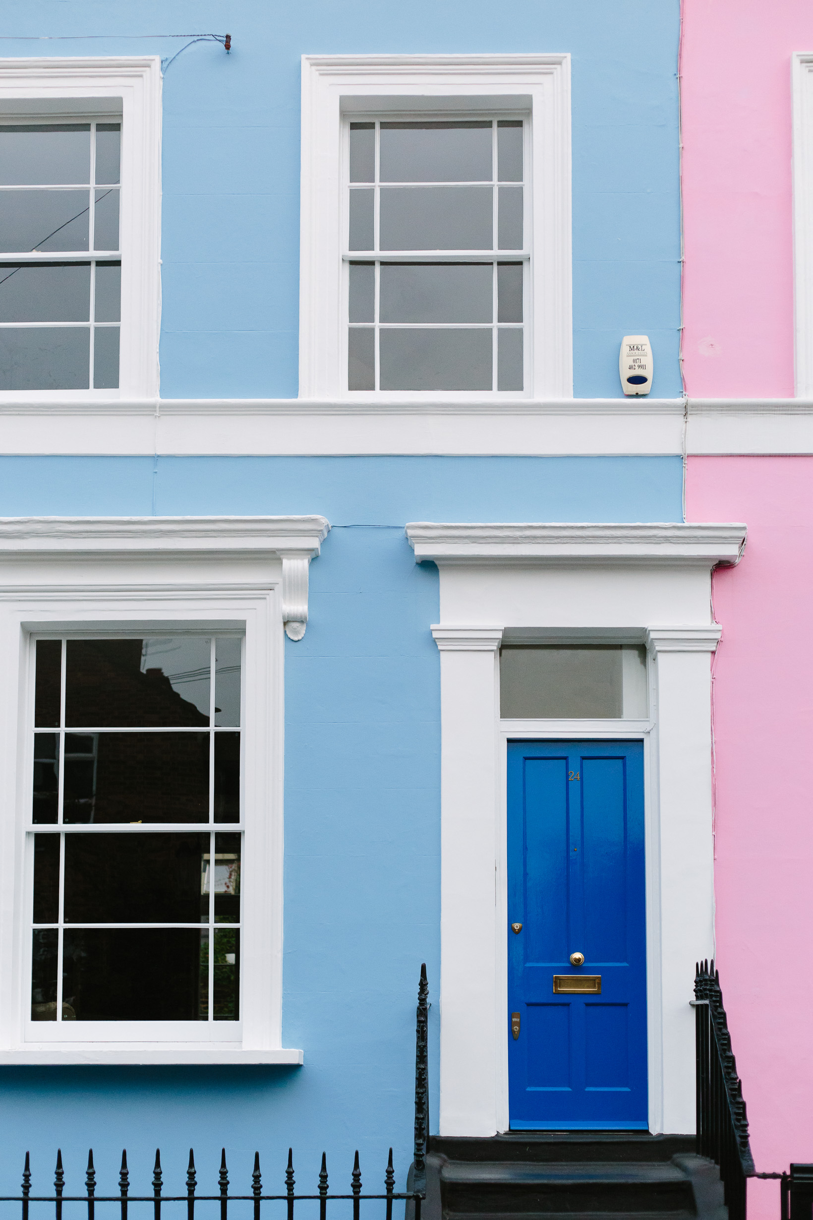 colorful-houses-in-notting-hill-4780