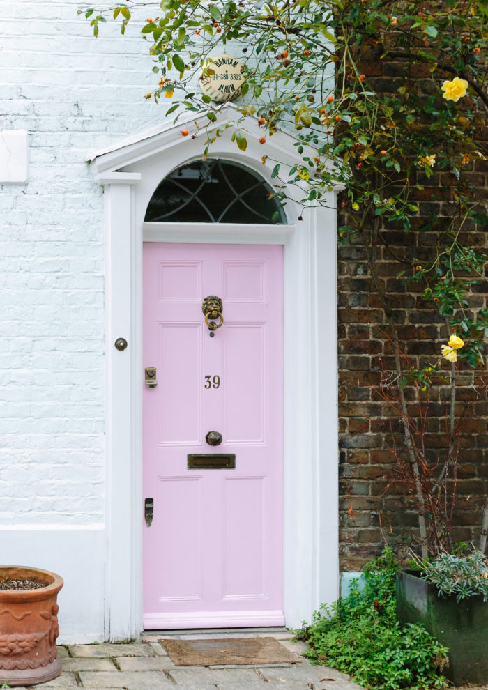 London Photo Essays: Colorful Doors and Charming Mews