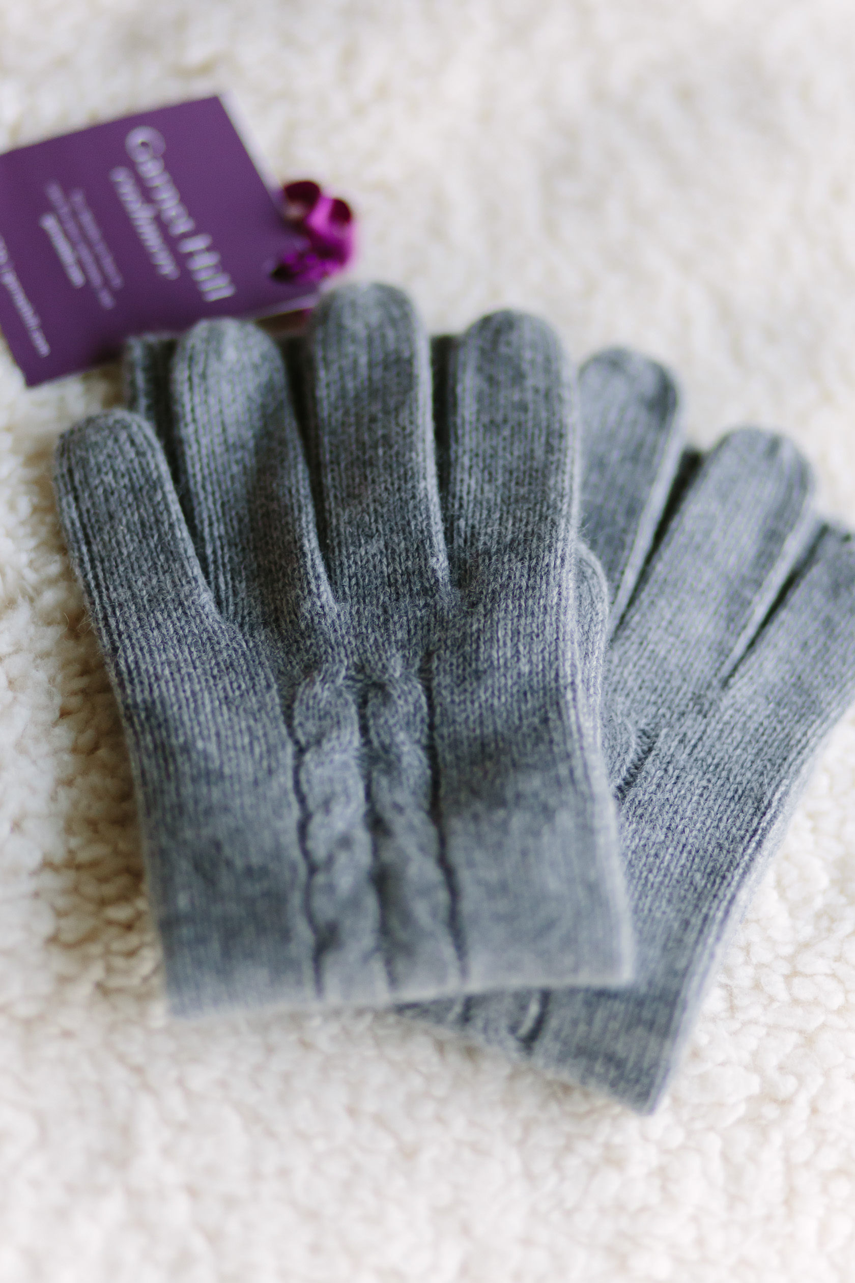 garnet-hill-cashmere-gloves-6423