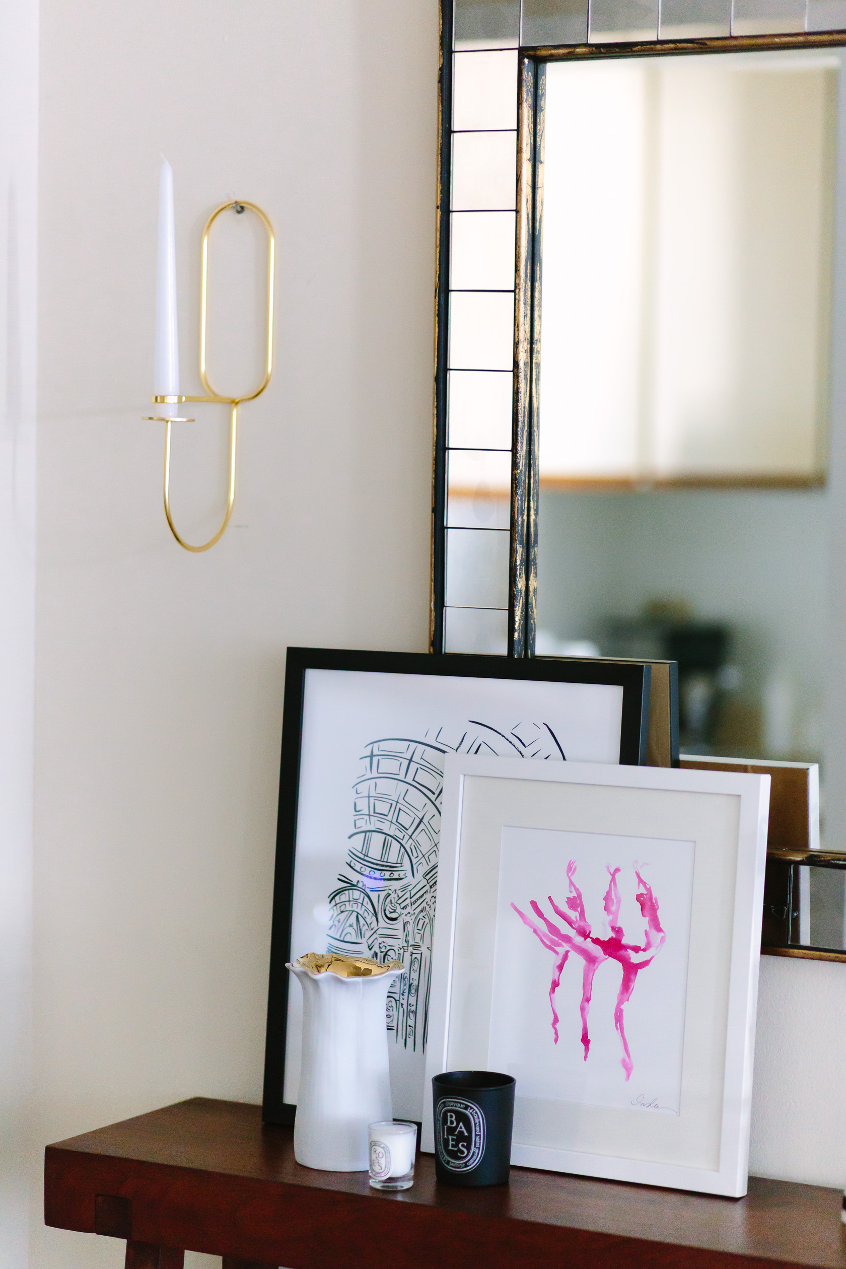 5 Tips for Styling a Small Space Entryway - York Avenue