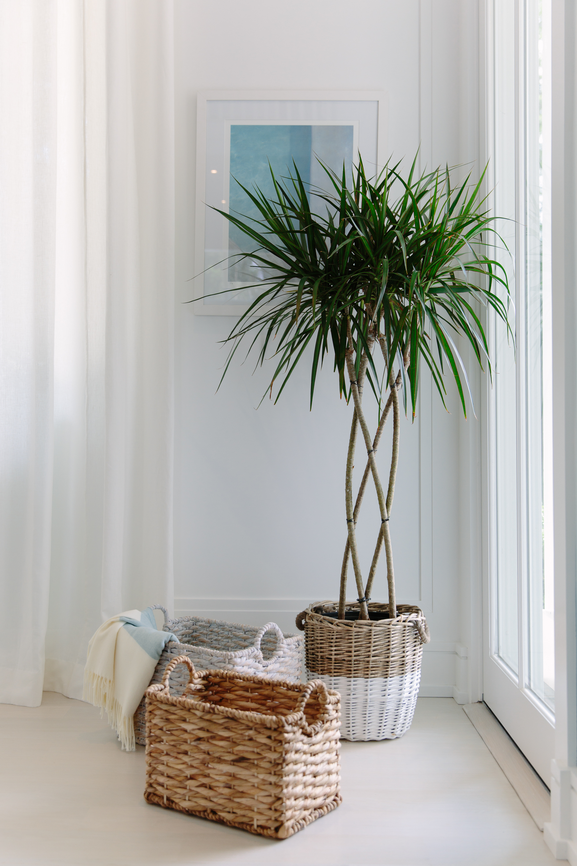 sea green designs 2018 hampton designer showhouse entry foyer