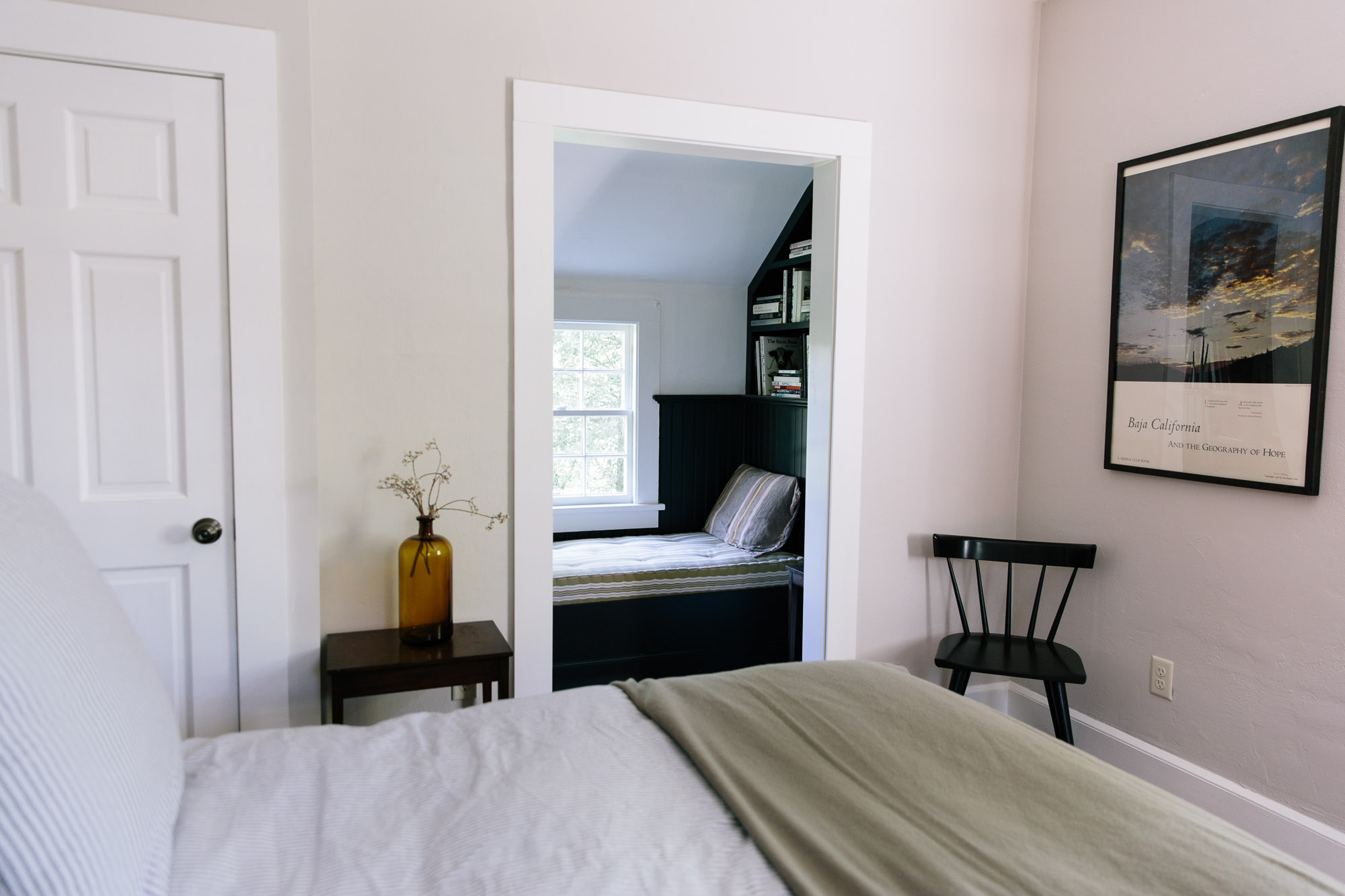 Inn at Kenmore Hall Carriage House Cottage bedroom