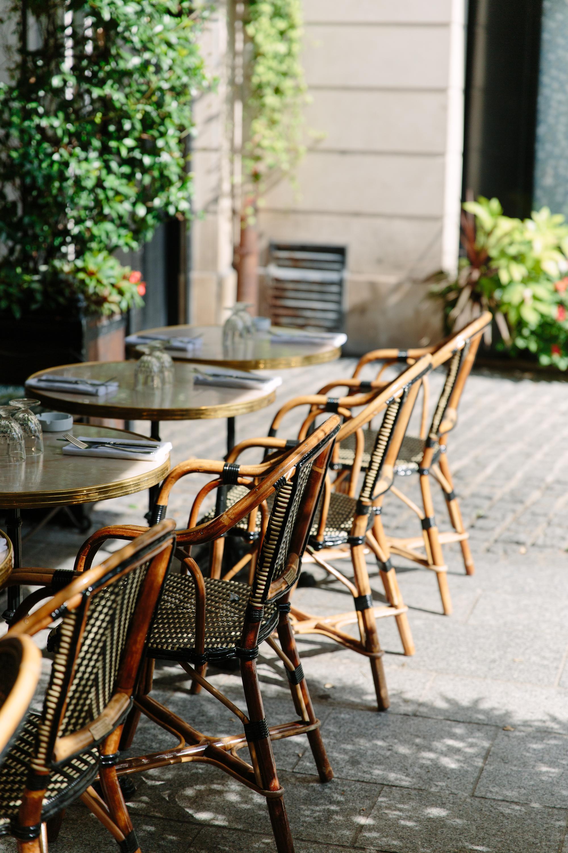 Hotel Providence Paris restaurant exterior