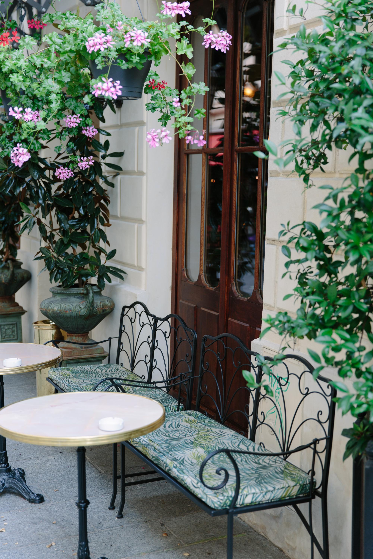Hotel Providence Paris exterior