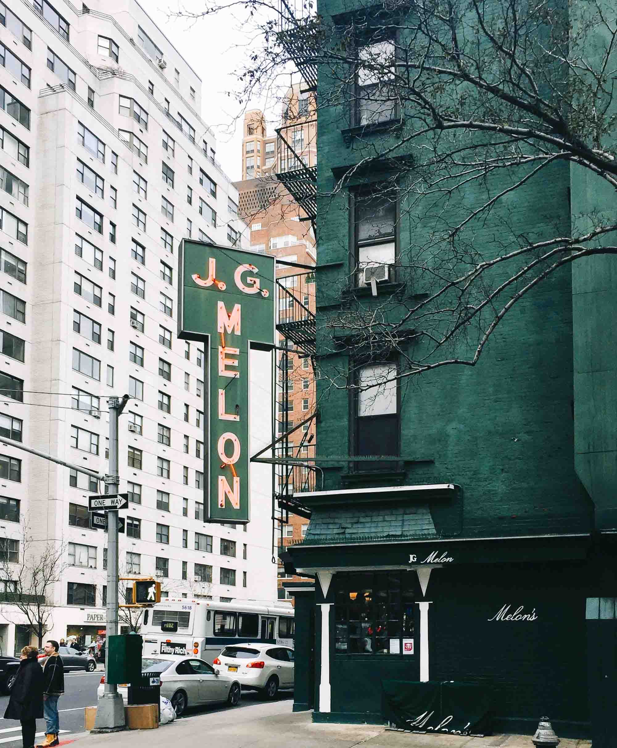 Things to Do in Upper East Side New York City featured by top New York City blog, York Avenue: image of JG Melon Upper East Side restaurants