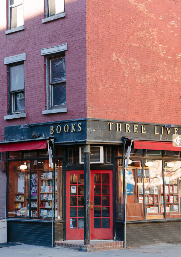 Three Ways to Support Independent Bookstores During Quarantine